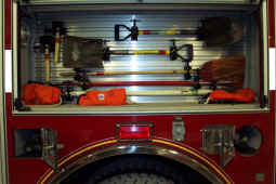 Engine 11 Compartment 3.JPG (833555 bytes)